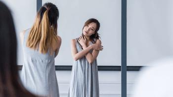 dance-mirror-illusion