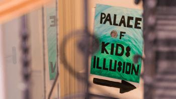 illusion-signage-world-of-hospitality