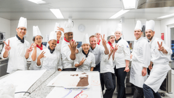 swiss-pastry-students-with-martin-schiffer