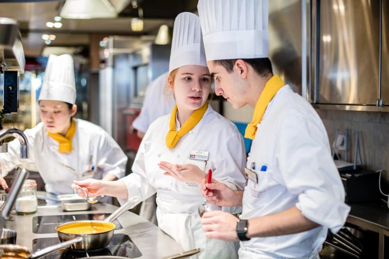 Internationell kockutbildning i Schweiz